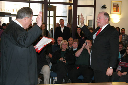 Garfield County Commissioner Tom Jankovsky takes the oath of office